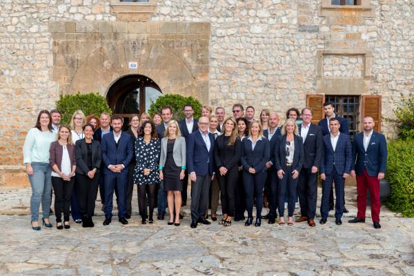 Grupo de Porta Mondial en su reunion internacional de franquiciadores