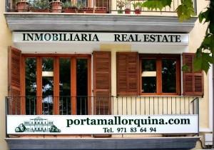 La primera oficina inmobiliaria de Porta Mallorquina en Artà.