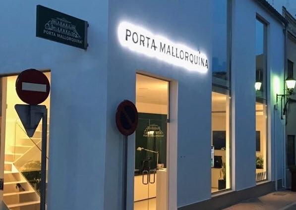 La nueva tienda de Porta Mallorquina, en la Calle Isaac Peral 28 en Puerto de Andratx.