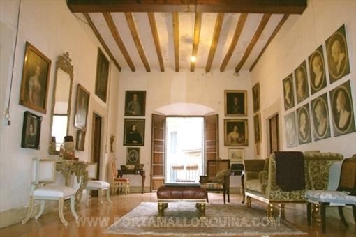 Magnífico palacete del Siglo 17 en el centro de Soller.