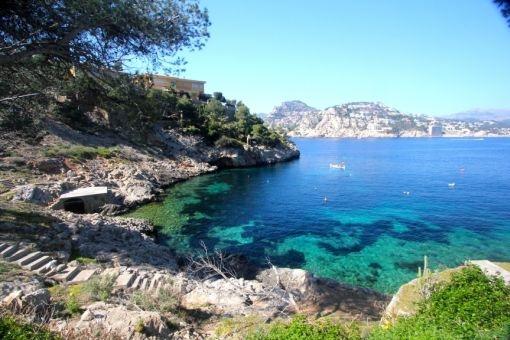 Vistas idílicas al mar mediterráneo