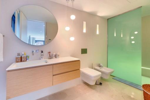 Uno de 5 baños modernos