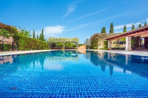Hermosa piscina