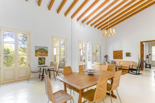 Encantadora casa de campo con elegancia atemporal en Artà