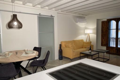 Apartamento reformado con patio cerca de la Plaza Mayor en Palma