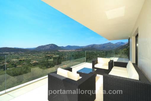 Chalet minimalista de nueva construcción con unas vistas impresionantes