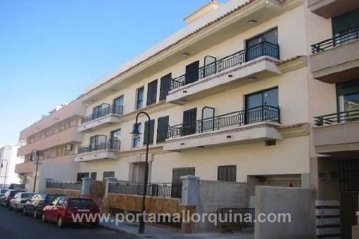 Espacioso apartamento con terrazas en situación tranquila en El Molinar