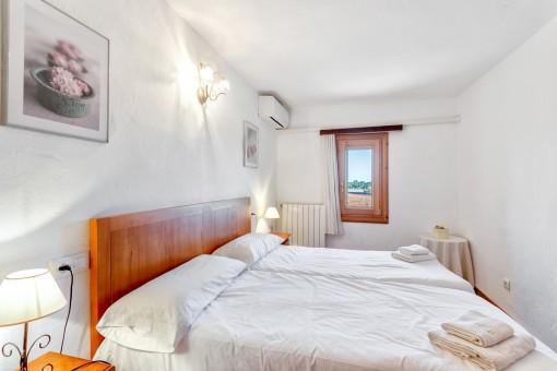 Aire acondicionado y calefacción en el dormitorio