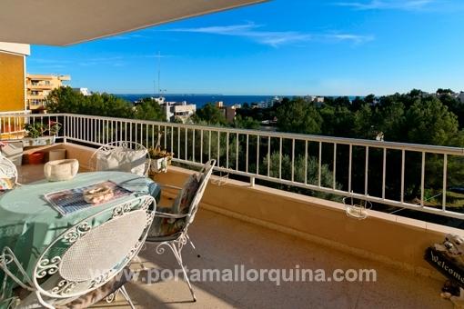 Amplio y luminoso apartamento con vistas panorámicas al mar en San Agustín