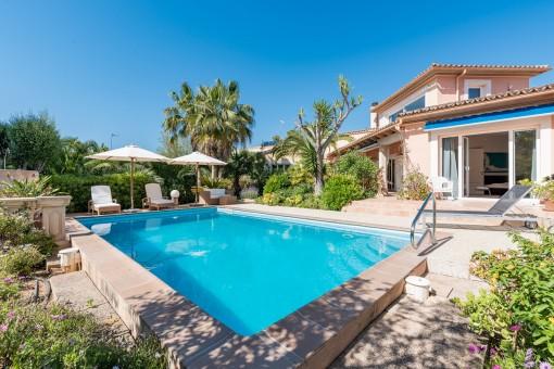 Bonita villa con apartamento de huéspedes y entrada separada en Santa Ponsa
