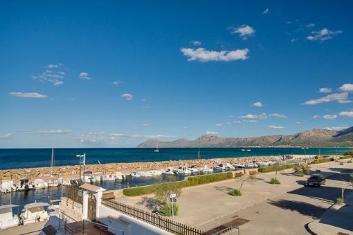 Vistas al mar mediterráneo maravilloso