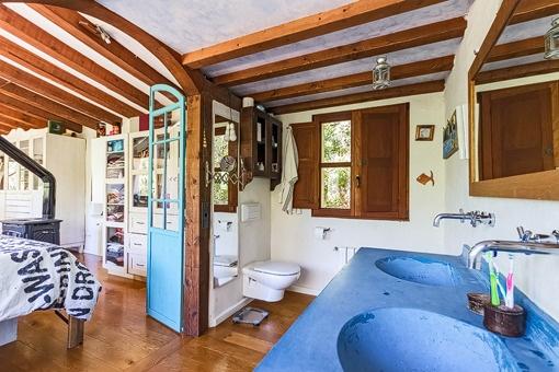 Vistas desde el baño hasta  el dormitorio