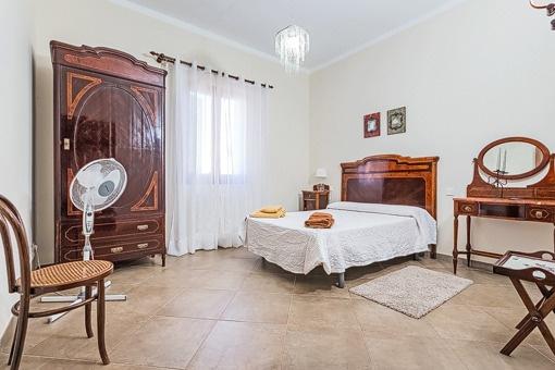 Uno de seis dormitorios