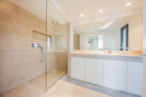 Baño elegante
