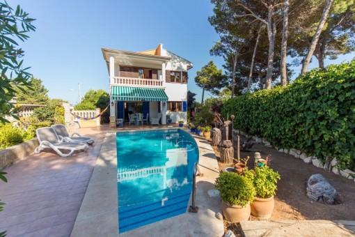 Chalet de alta calidad con piscina y jardín cerca del mar en Cala Ratjada