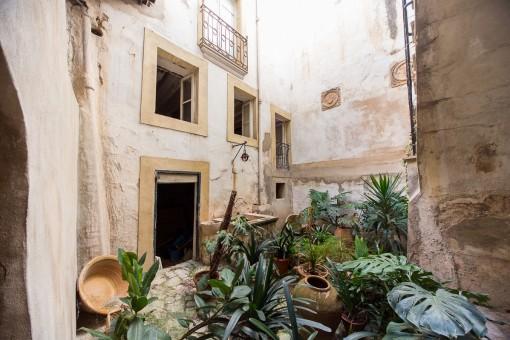 Inversión en el casco antiguo para reformar en Palma