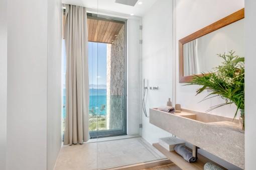 La villa exclusiva tiene 6 baños