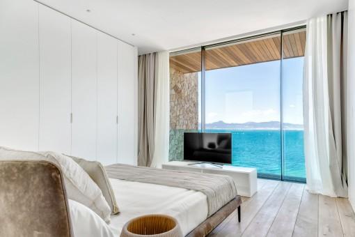 Uno de 5 dormitorios de ensueño con ventana panorámica