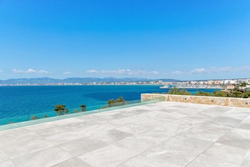 Vistas espectaculares a la bahía de Palma