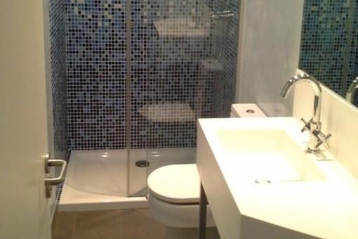 Uno de dos baños