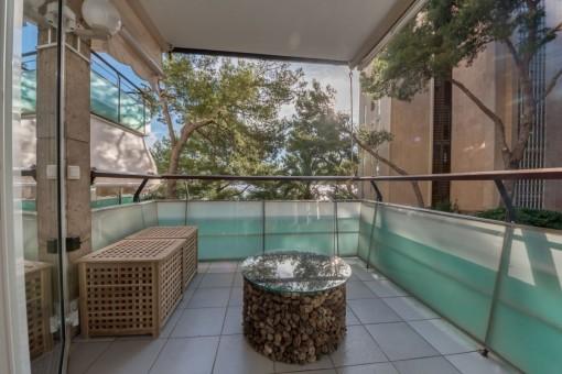Zona de estar en el balcón