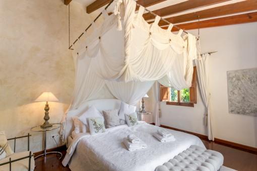 Agradable dormitorio