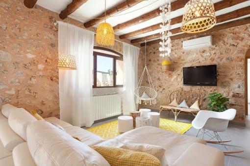 Sala de estar bellamente diseñado