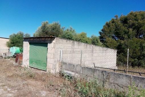 Terreno está rodeada con una muralla