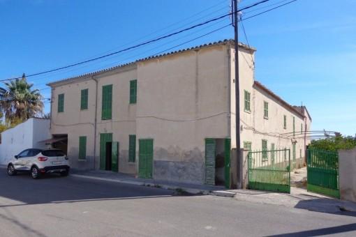 Finca rústica para reformar, ideal para inversores en gran solar en los alrededores de Palma