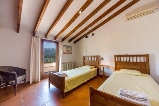 Dormitorio con aire accondicionado