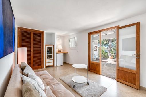 Apartamento separado con acceso a la terraza