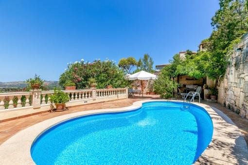 Chalet espacioso con piscina y apartamento de invitados en Costa de Canyamel