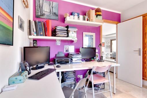 El apartamento está ubicado en un complejo residencial pequeño