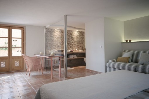 Dormitorio doble fantástico con baño en suite