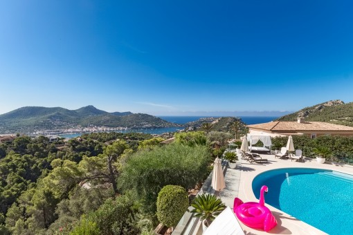 Villa exclusiva con vistas al mar fantásticas en Puerto de Andratx