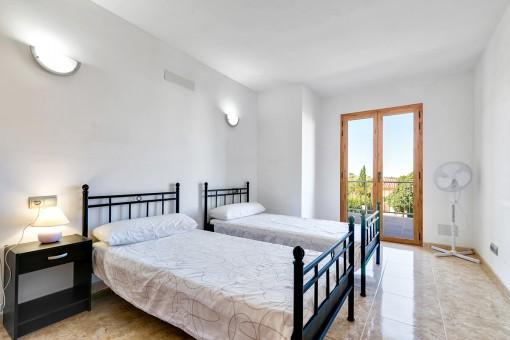 Uno de 4 dormitorios lleno de luz