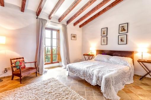 Dormitorio acogedor y luminoso
