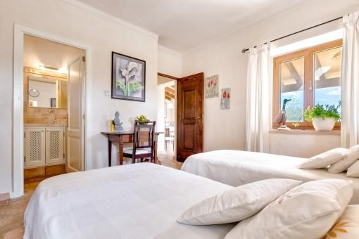 La casa de huéspedes tiene 2 dormitorios
