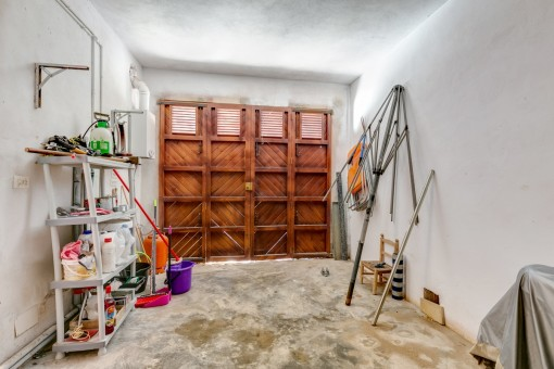 El garaje ofrece mucho espacio