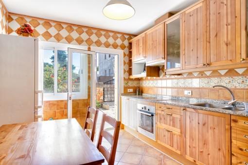 Acceso a la terraza desde la cocina