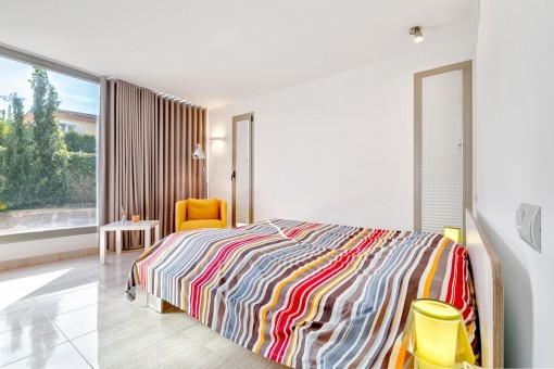 Agradable dormitorio de invitados