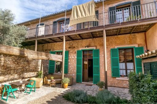 Casa del pueblo completamente reformada en el corazón de Sóller