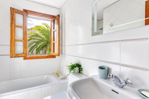 Todos los baños ofrecen luz natural