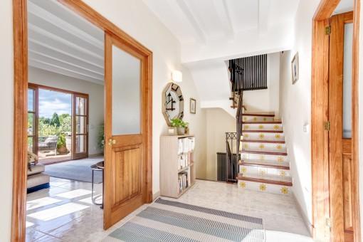 Escalera brilliante de la casa
