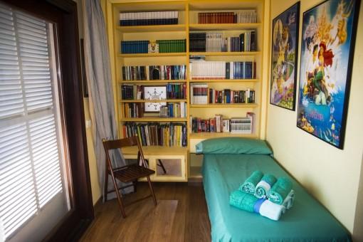 Vistas alternativas del dormitorio de huéspedes
