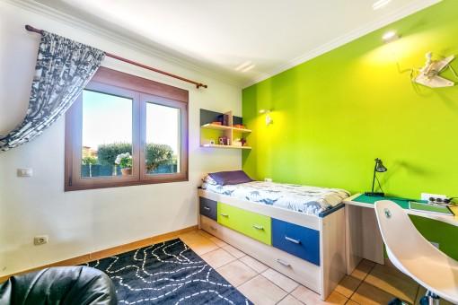 La casa ofrece 6 dormitorios