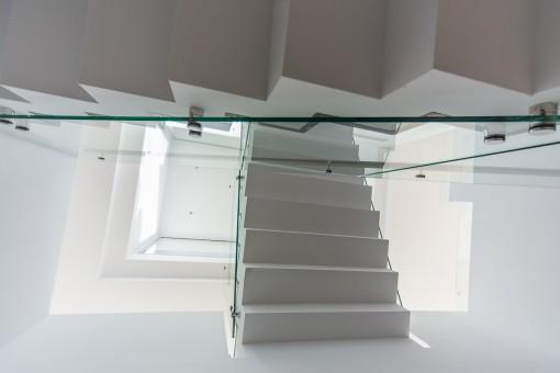Vistas a la escalera de accesso