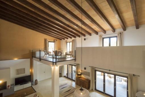 La sala de estar ofrece un ambiente de bienestar