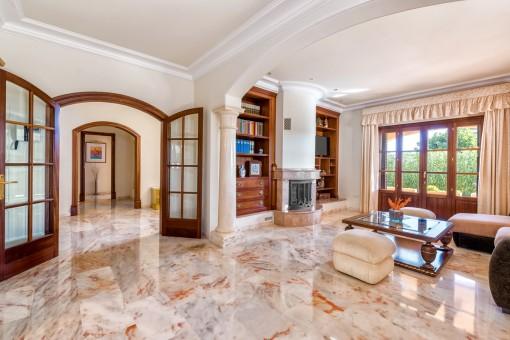 La casa ofrece una superficie habitable de 335 metros cuadrados