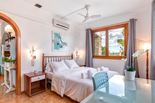 Uno de 3 dormitorios con luz natural